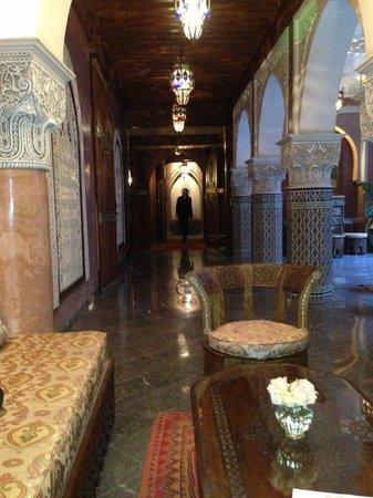 La Sultana Marrakech: Corridor to Atrium
