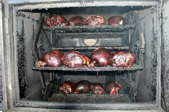 Hickory Hut: Whole hams smoked for 12 hours.