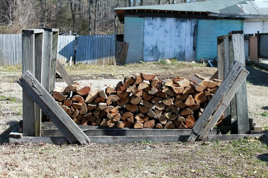 Hickory Hut: We use only hickory wood.