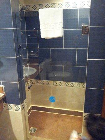 SENTIDO Mamlouk Palace Resort: Bathroom