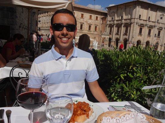 Ai Quattro Venti: Das mesas externas, a vista para a Piazza Grande
