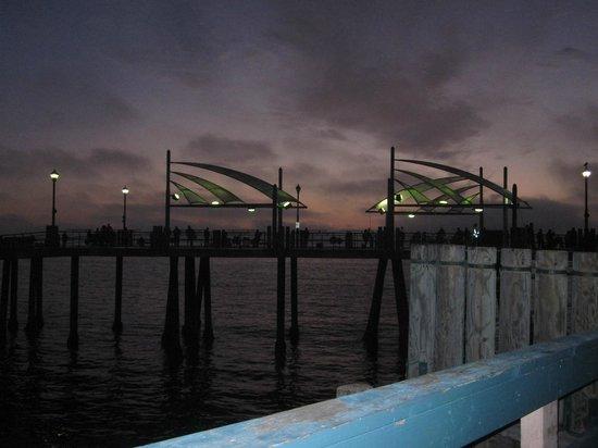 Miyako Hybrid Hotel: Nearby Redondo Beach Pier