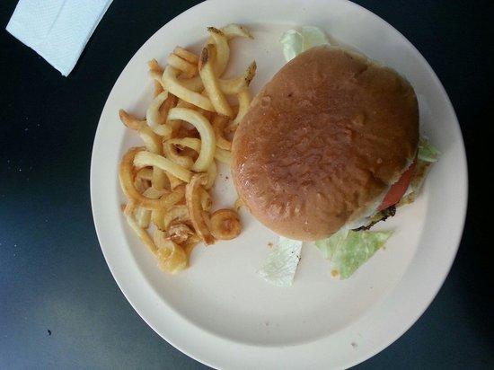 Charley's Grill: Ole fashion burger