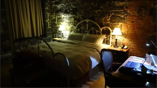 Auberge du Vieux-Port : La chambre