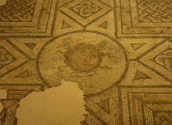 Antiquarium de Sevilla: Mosaic: Medusa