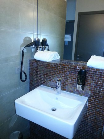 MEININGER Hotel Brussels City Center : bagno