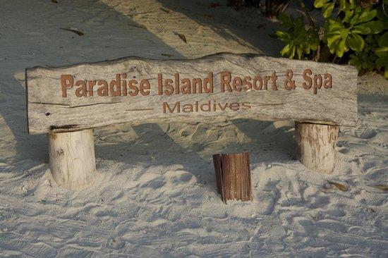 Paradise Island Resort & Spa: Табличка