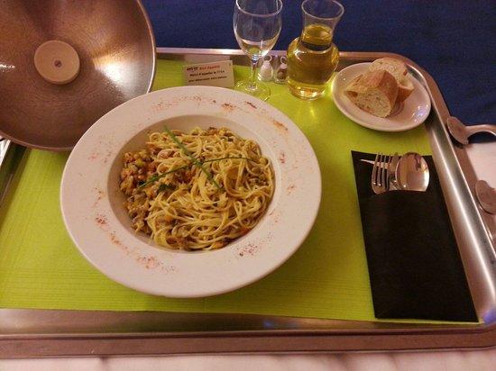 Hotel Nancy Centre Gare : Spaghetti aux coques et gingembre Trés bon !