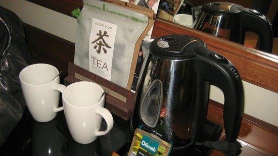 My City Hotel Tallinn: Coffee/Tea maker