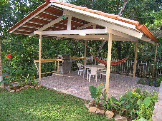 Panama Vacation Quarters: Our 2nd gazebo.