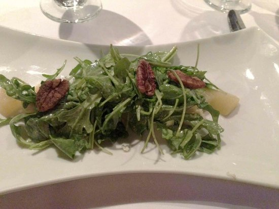Marisol at the Cliffs: Arugula salad with poached spiced pears, creamy blue cheese crumbles and thyme vinegarette dress