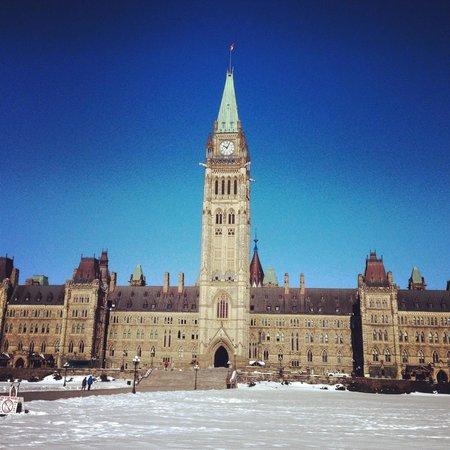 Colline du Parlement : Peace Tower
