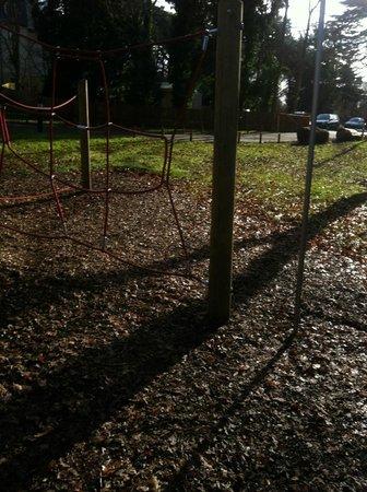 Drayton Manor Hotel: kids enjoyed the park