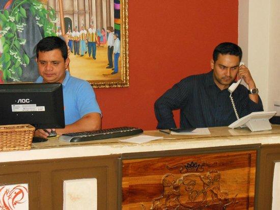 Hotel Real Camino Lenca: Recepción Hotel