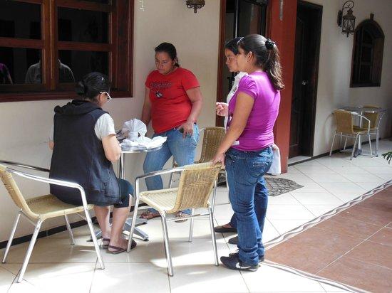 Hotel Real Camino Lenca: Terraza Interior