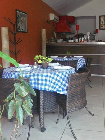 La Terraza Restaurante & Grill: int. terraza