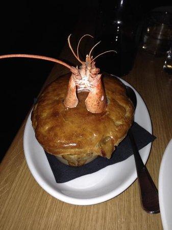 HIX City: chicken and lobster stargazer pie