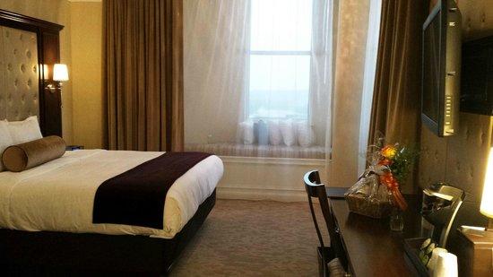 The Artesian Hotel, Casino & Spa: 427