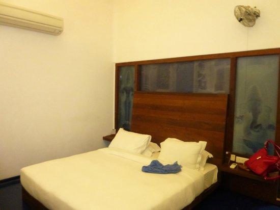 Tanjore Hi Hotel: Room