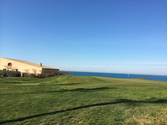 Verdura Resort: golf east course 18th