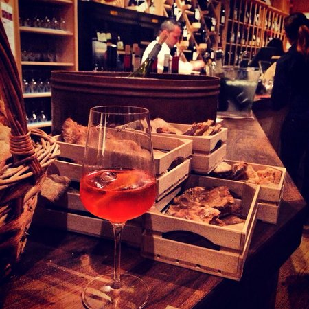 Vinoteque La Cercia: Mmm...
