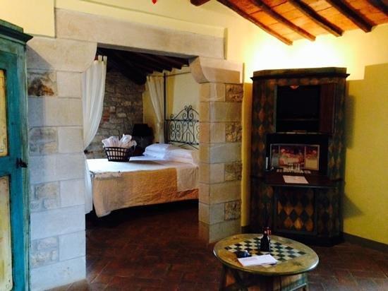 Castellare De' Noveschi: la camera