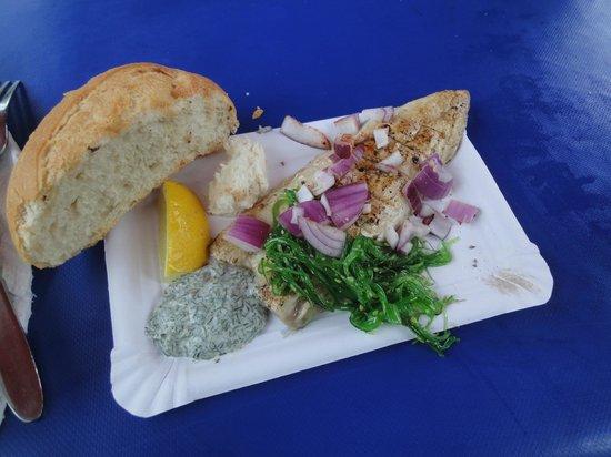 Winterfeldt Markt: Il pesce alla griglia fresco fresco