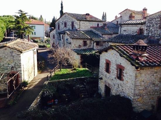 Castellare De' Noveschi: il borgo