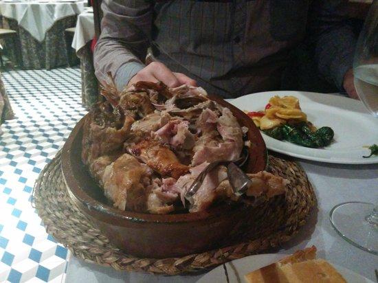 Meson Restaurante La Mi Venta : 1/4 of a goatling