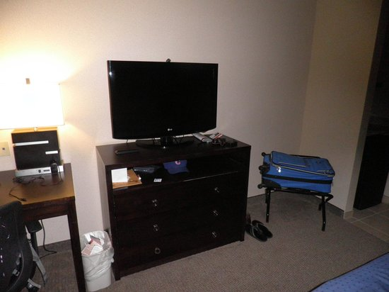 Holiday Inn Hotel & Suites Phoenix Airport: room