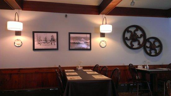 The Casselman Inn and Restaurant: Historic Restaurant