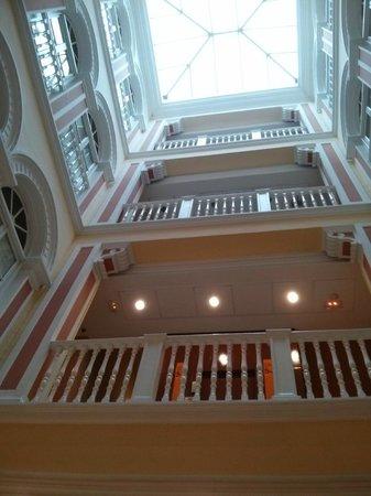 Hotel Inglaterra: Desde el hall