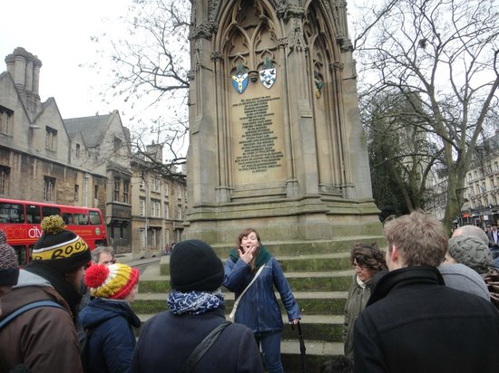 Footprints Tours Oxford: Our guide Maria of Footprints Tours in Oxford