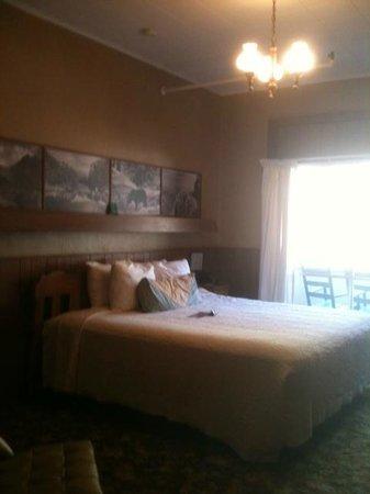 Gatlinburg Inn : room