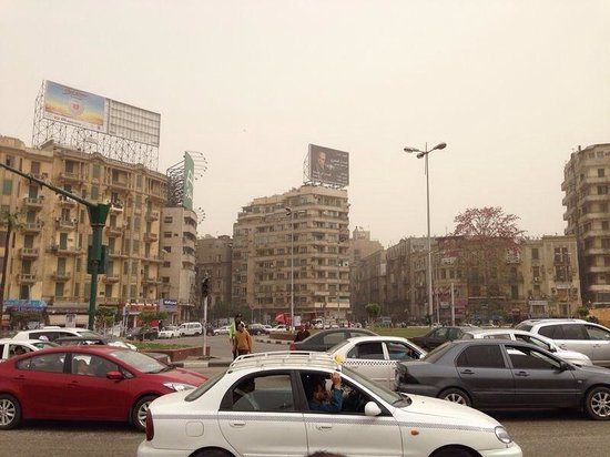Cairo-Overnight Tours : Tahrir Square 03 de marzo 2014. Todo normal!!!