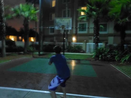 Hawthorn Suites by Wyndham Orlando Lake Buena Vista : Basket Ball