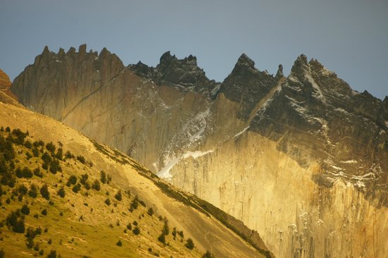 Las Torres Patagonia: Sunrise from our room (Telephoto)
