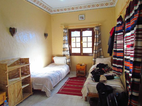 Hotel Amazir : Small but sunny room