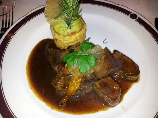 Wierzynek Restaurant: Cervo capriolo quaglia