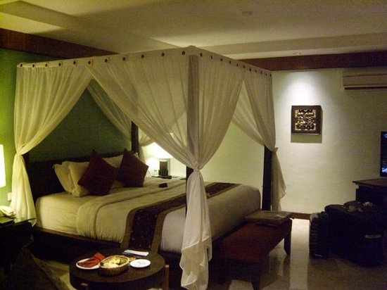 Rama Beach Resort and Villas: chambre