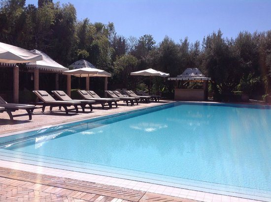 La Maison Arabe : The pool at the country club