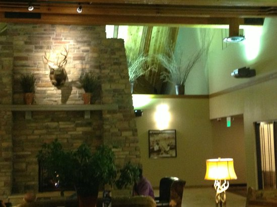 Best Western Plus Bryce Canyon Grand Hotel: Lobby