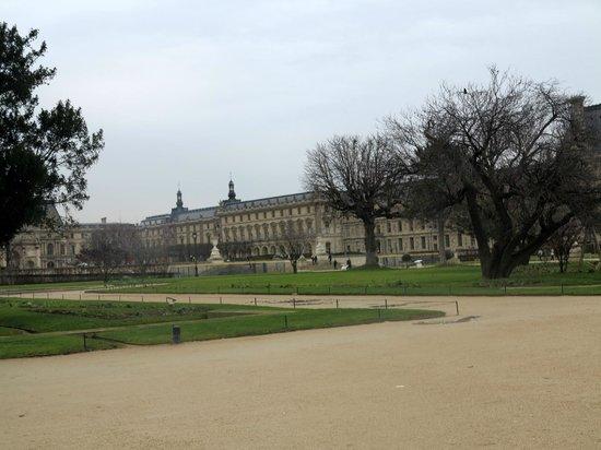 Jardin des tuileries e tour eiffel picture of jardin des for Jardin tuileries