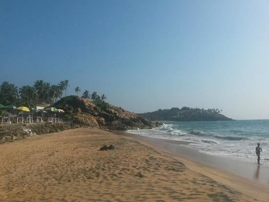 Uday Samudra Leisure Beach Hotel & Spa: another beach view