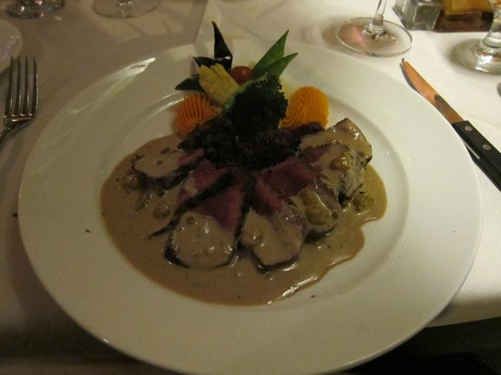 Restaurant Bouchard : best venison either of us have ever had