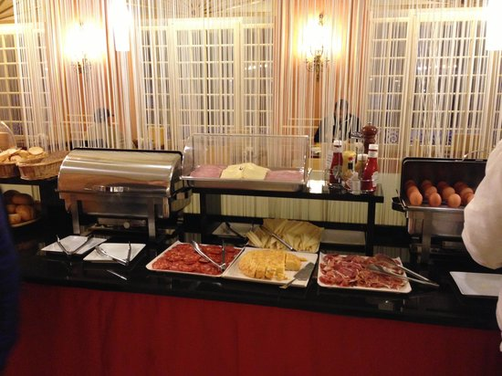 Hotel Arosa : Breakfast buffet super!
