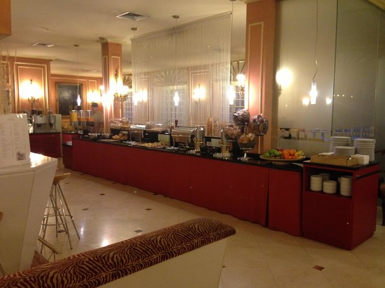 Hotel Arosa : The breakfast area