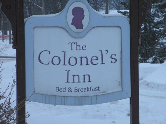 The Colonel's Inn sign