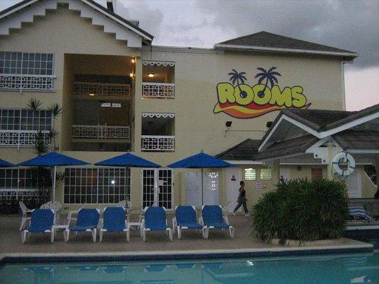Rooms Ocho Rios : Trois étages