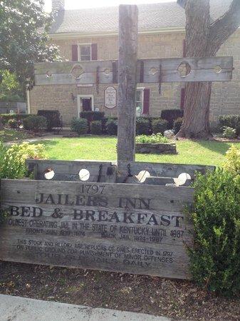 Jailer's Inn Bed and Breakfast: street view